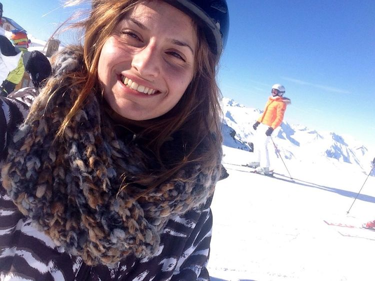 Ski ??? Hello World Enjoying Life