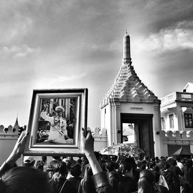 Thailand 🙏 King Of Thailand King Of The King. Father Bangkok Bangkok Thailand.