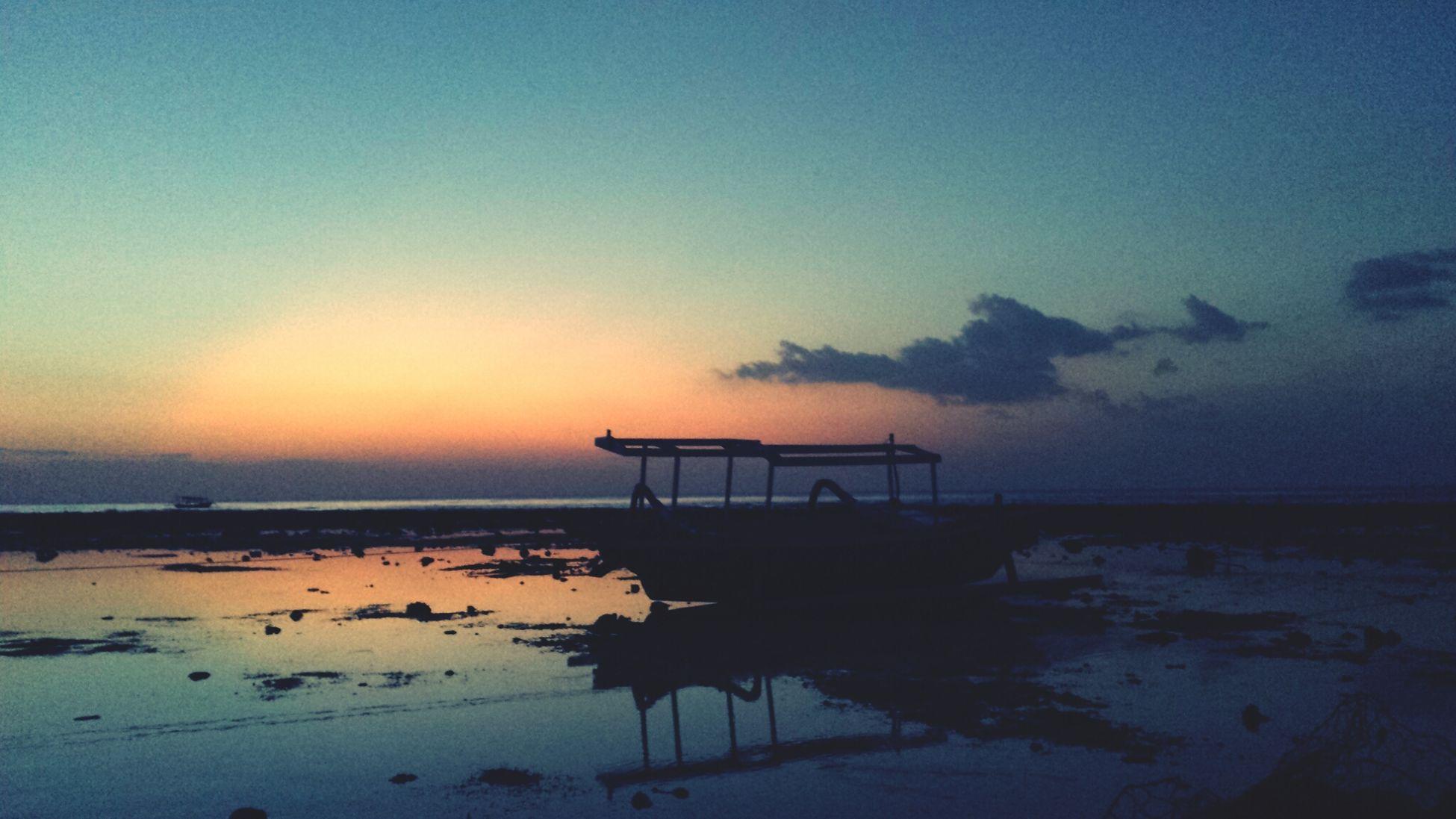 Sunset on paradise island Gili Trawangan, Lombok..!!.. Sunset Paradise Landscape Beautiful