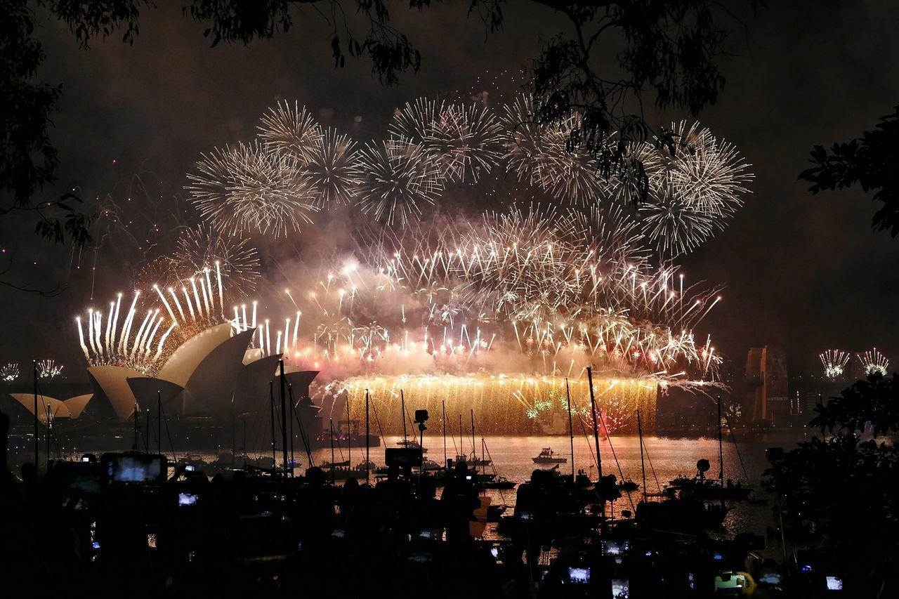 Sydney NYE Newyearseve Fireworks Harbourbridge Opera House Sydney Opera House Sydney Harbour Bridge