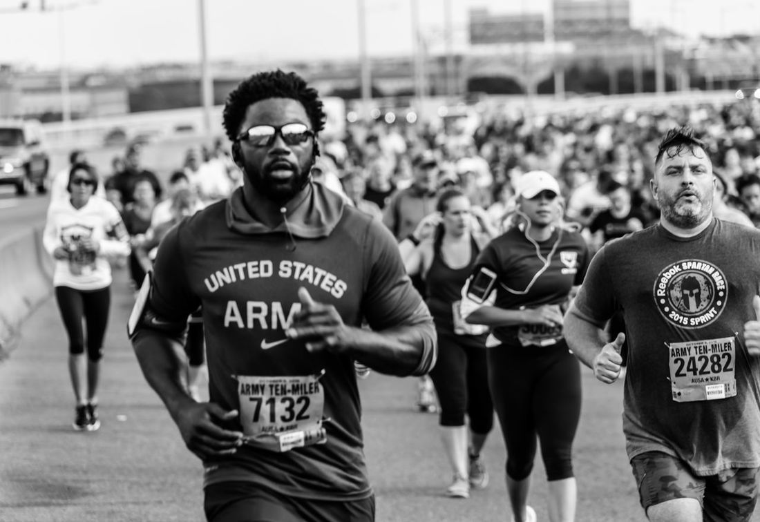 American Football - Sport Army Army Ten-Miler Black And White Capital Cities  Capturing Movement Crowd Large Group Of People Men Miler Monochrome Photography Only Men Pentagon People Real People Runner Rural Scene Shouting Sportsman Stadium Ten Washington Washington, D. C. Young Adult Young Men