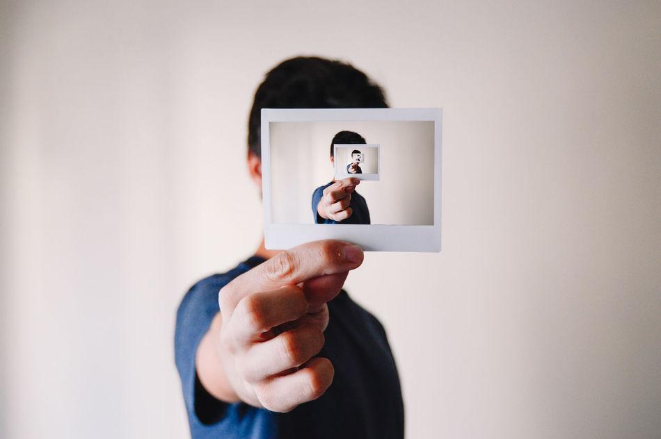 Beautiful stock photos of abstrakt, Infinite, casual Clothing, holding, human Hand