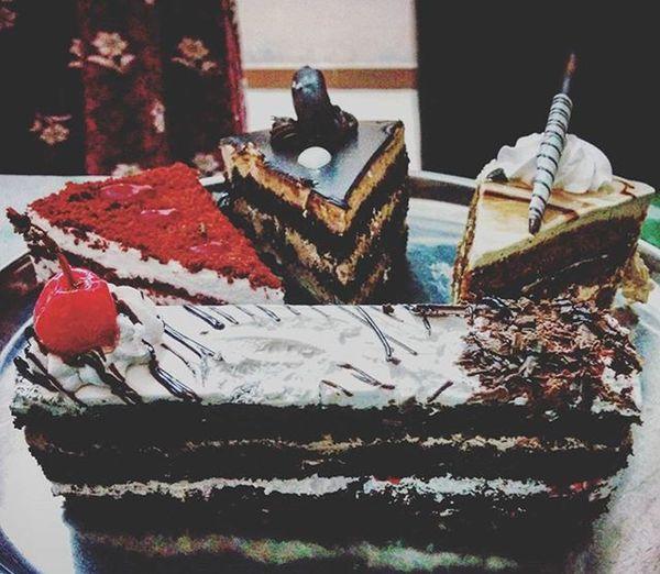 Yummy pastries Yummy Cake Pastries Birthday Celebration Celebrate Mombirthday Fun Nexux5 Tasty Loves Instalike
