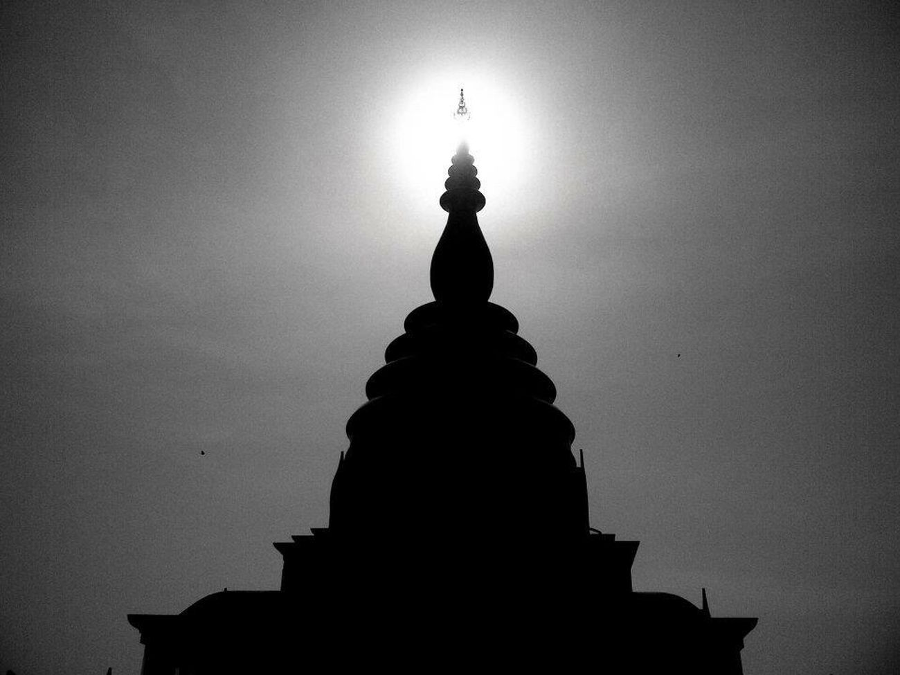 Pagoda Sunlight Architecture Silhouette Day Buddha Buddhist Temple Chiangrai Chiangmai Thai Thailand Religion Pray Blackandwhite