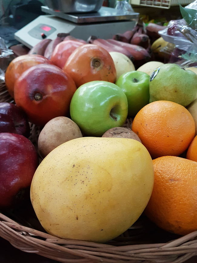 Abundance Apple Apple - Fruit Basket Choice Close-up Day Display Food For Sale Freshness Group Of Objects Healthy Eating Heap Large Group Of Objects Lemon Market Market Stall No People Orange Color Organic Retail  Ripe Still Life Variation