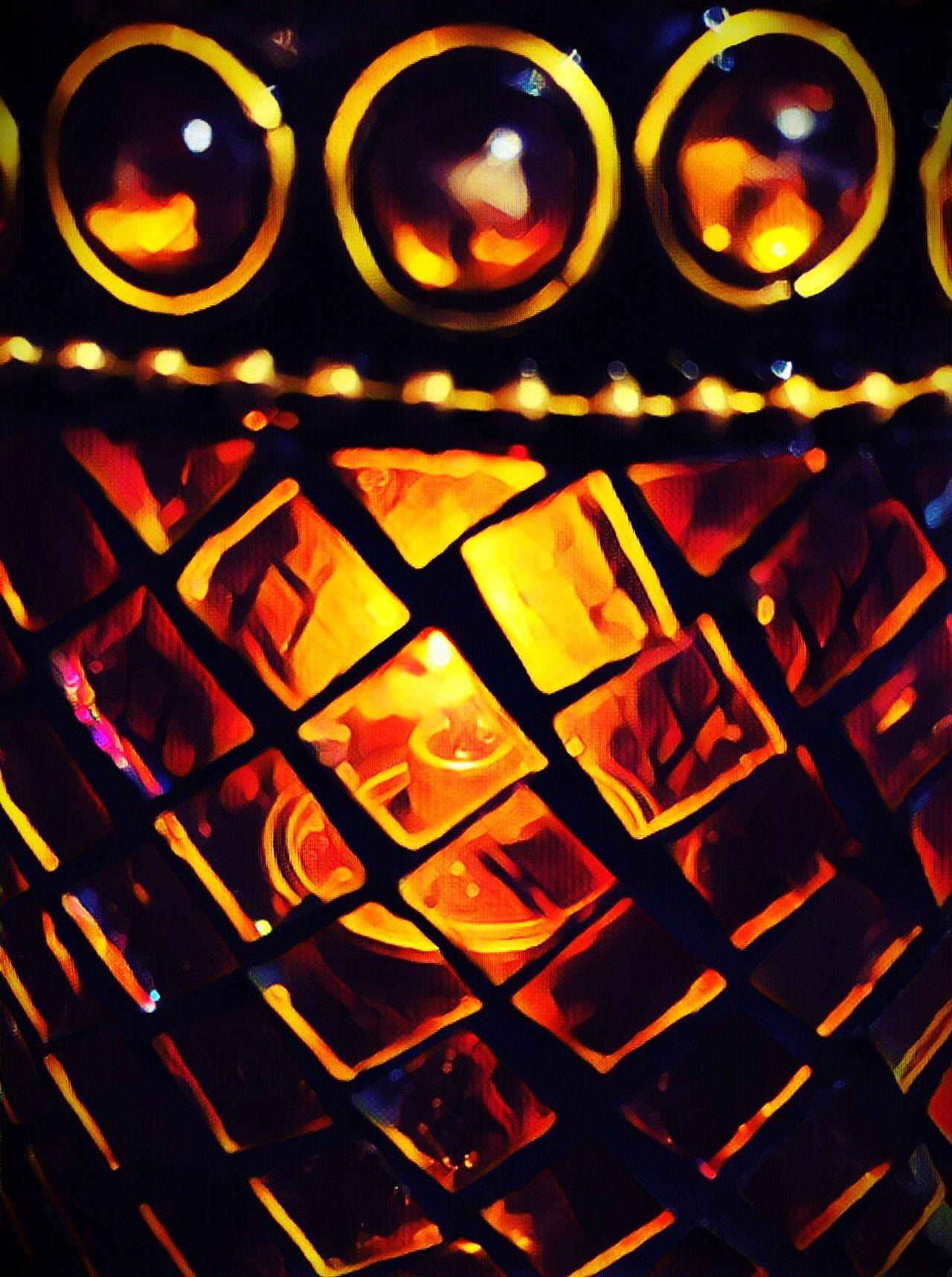 Candle ArtWork No People Illuminated Flame Indoors  Burning Night Velas Noche Iluminación Formas Y Colores Calido Relaxing Cristales De Color Fuego Cena Romántica