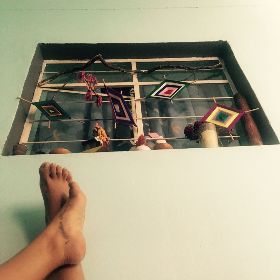 Human Leg Human Foot Low Section Real People One Person Human Body Part Indoors  Lifestyles Close-up Barefoot Women Tattoos Colors Day Disfrutando De La Vida Window IPhone Tranquility