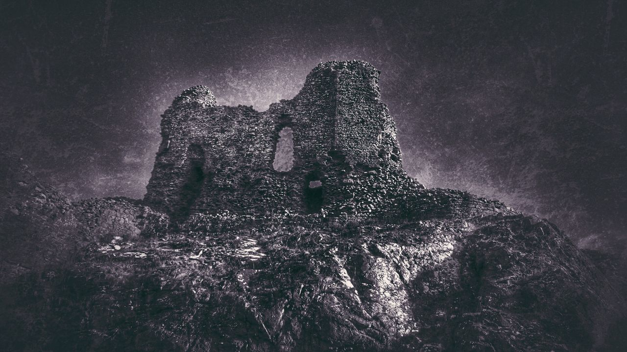 Montgomery Castle Castle Ruin Grunge It Up Walls Defence Untold Stories Castle Walls Ruinporn History Through The Lens  Taking Photos Wales Wales You Beauty Powys Times Gone By Sony Xperia Z3 Snapseed Welsh Countryside Wales