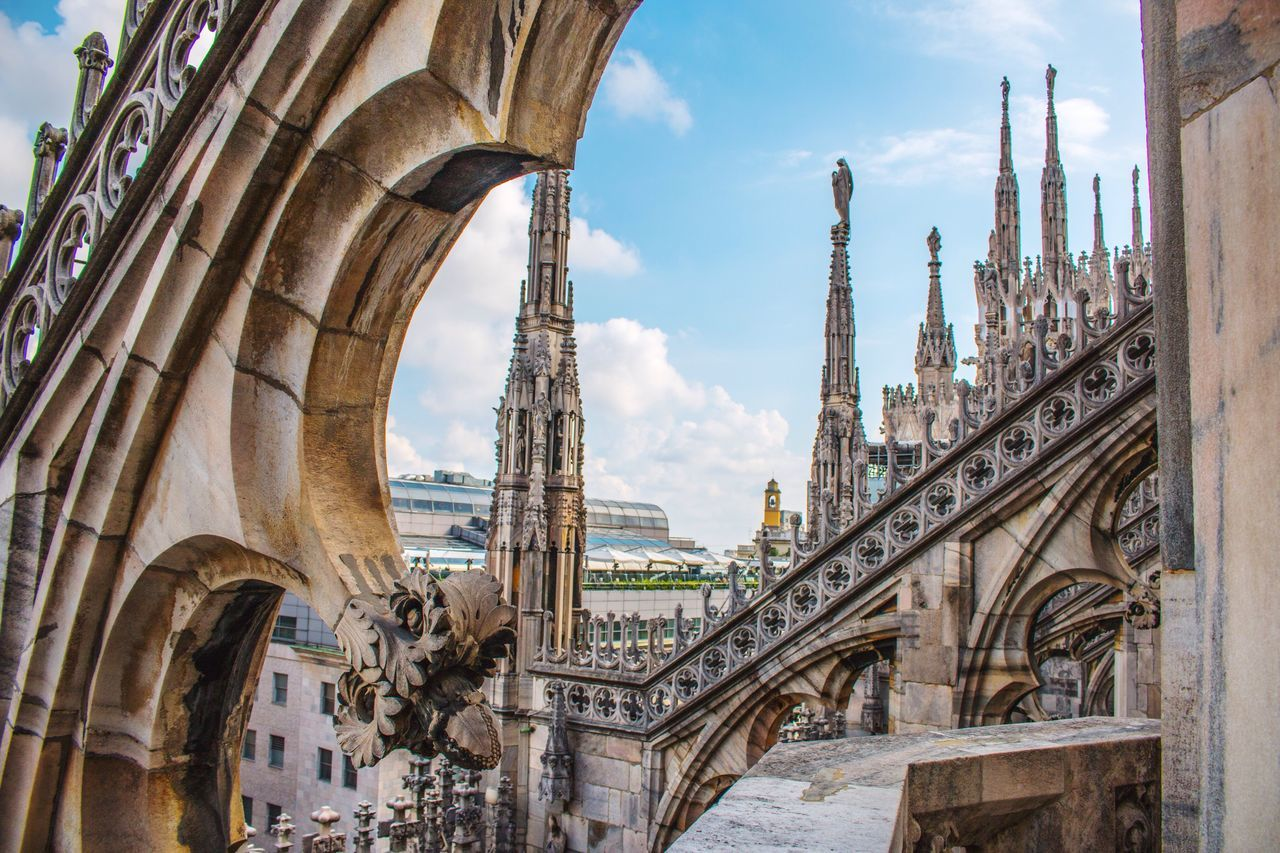Sculpture Milano Milan Architectural Column Horizontal Building Exterior Religion Canon70d Canonphotography Built Structure Architecture Travel Destinations City Tourism Tower Sky Day Market Duomo Cultures Low Angle View (null)EyeEm Best Shots Canon