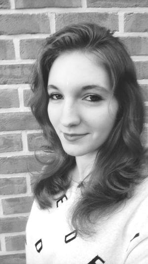 Summer! ♥ Me Myself And I Happy :) Black & White
