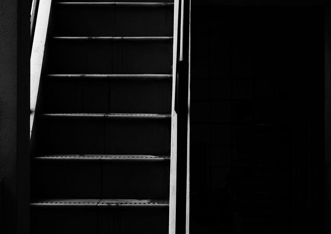 Dark stairs Monochrome Eyeem Monochrome Black And White B&w Stairs Stairways Noir Creepy High Contrast Dark Fortheloveofblackandwhite Dark And Creepy Stairs_collection Stairporn