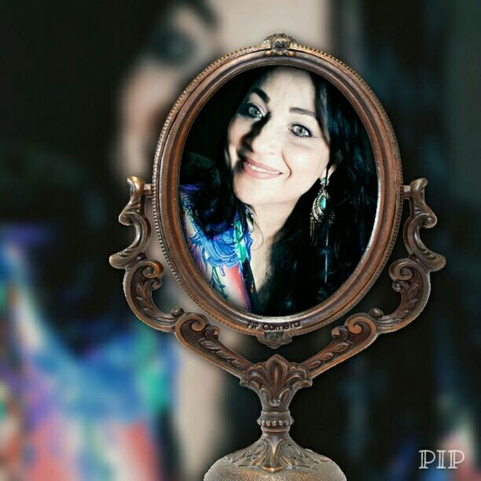 Mirror, mirror on the wall !💕 Relaxing Hi! That's Me Enjoying Life Selfie ✌ Galaxy Note Portrait First Eyeem Photo
