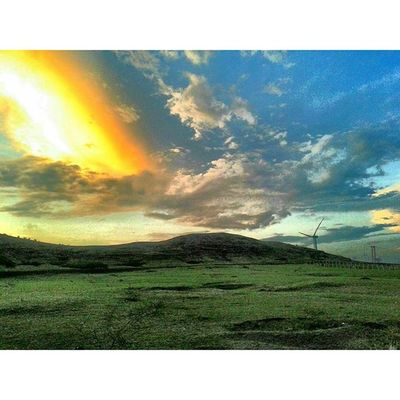 Sunset Evening Nature Clouds sky skyporn devlali deolali nasik nashik maharashtra india @maharashtra_ig hill greenery windmill beautiful