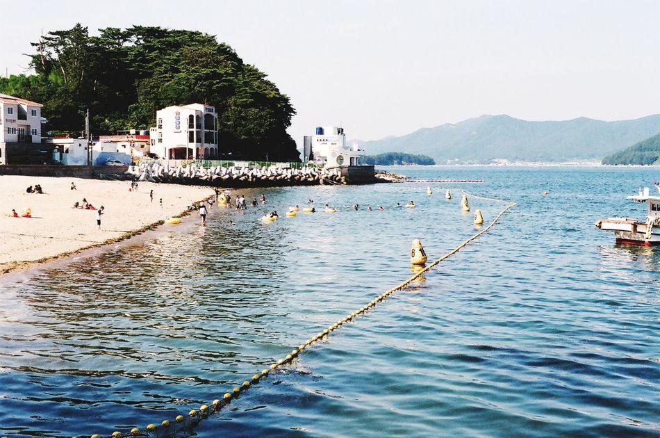 Go To Seaside Seaside Very Small Cute Beachphotography Beach Sunny Day Safty Line Minolta Alpha9000 Let's Go Swimming 😝❤️
