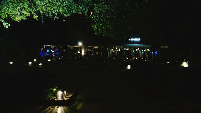 Nightphotography Night Lights NightOut✨ Friend Happiness Xperiaz2 Xperiaphotography Make Belive
