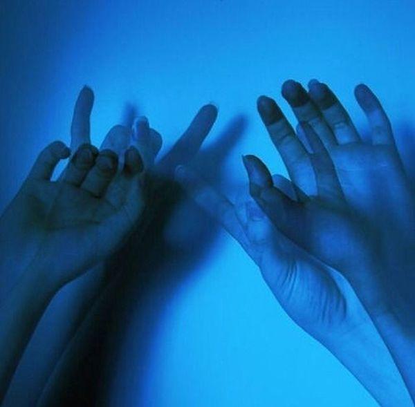 Human Hand Blue Nice Grange