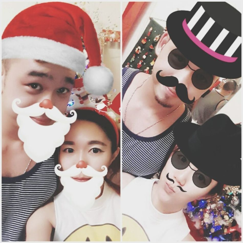 MerryChritsmas To  You Looking At Camera Couple Babe Love ♥ My Partners In Crime Good Time Other Half Christmas Throwback