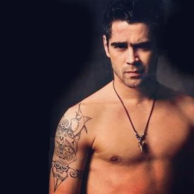 It is so nice to dream about you... Like, hello! Halloween's over, but you are still a vampire in my dream, trying to chase me. That was the fastest run I've ever had kasi gustung-gusto mo daw akong kagatin. Hahahahaha... Anyway. First love never dies, Colin :-) Colinfarrell Vampire Frightnight