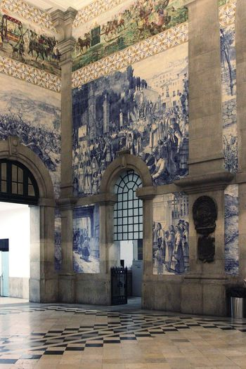Porto São Bento Train Station Residential Building Architecture Azulejos History Travel Destinations City The Week On EyeEm Travel Photography Old Town Built Structure Indoors  Azulejos Porto Portugal Architecture_collection Architectural Detail Tourism