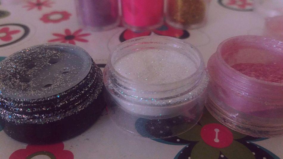 Makeup Make-up Glitter Loveit Makeupproducts Make Maquiagem Maquiadora Indoors  Celebration No People Close-up Day