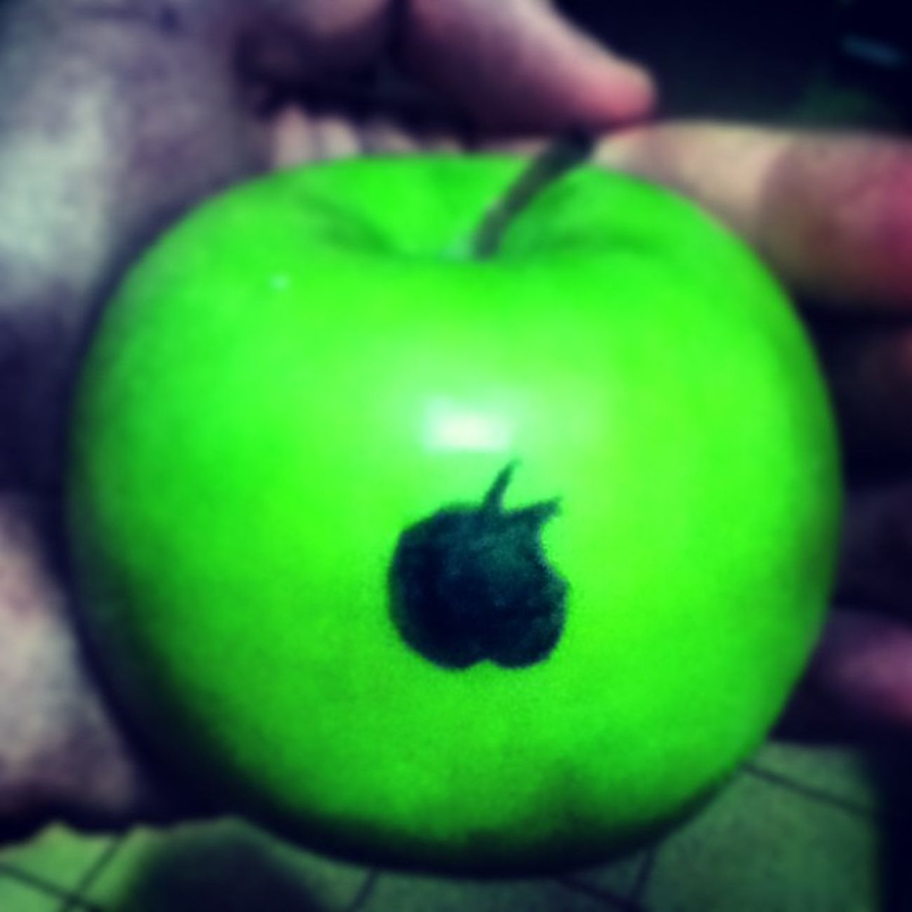 Épou :) Apple Má ça Quemerda Uhul green