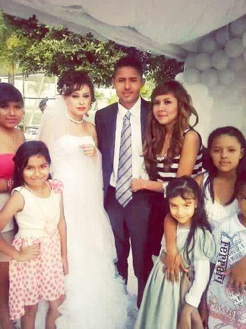La boda de mi her...!! :'3