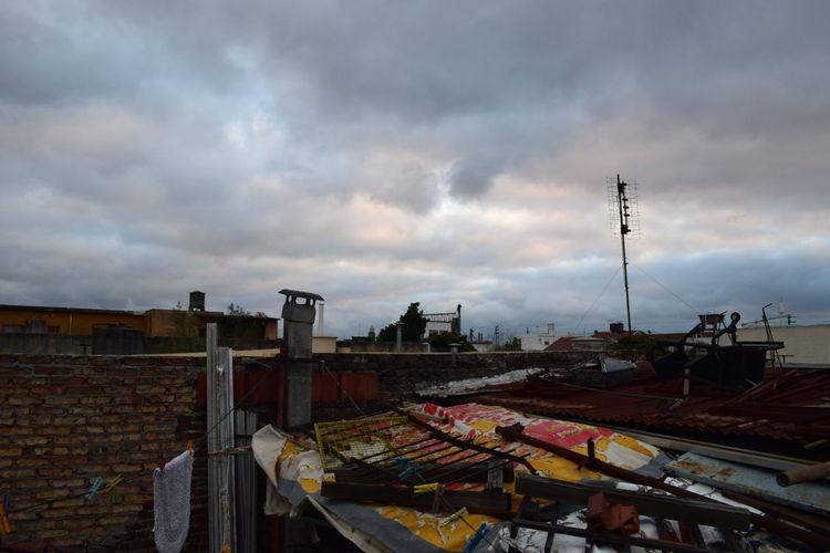 Nubes Tormentosas Tarde De Viernes No People City