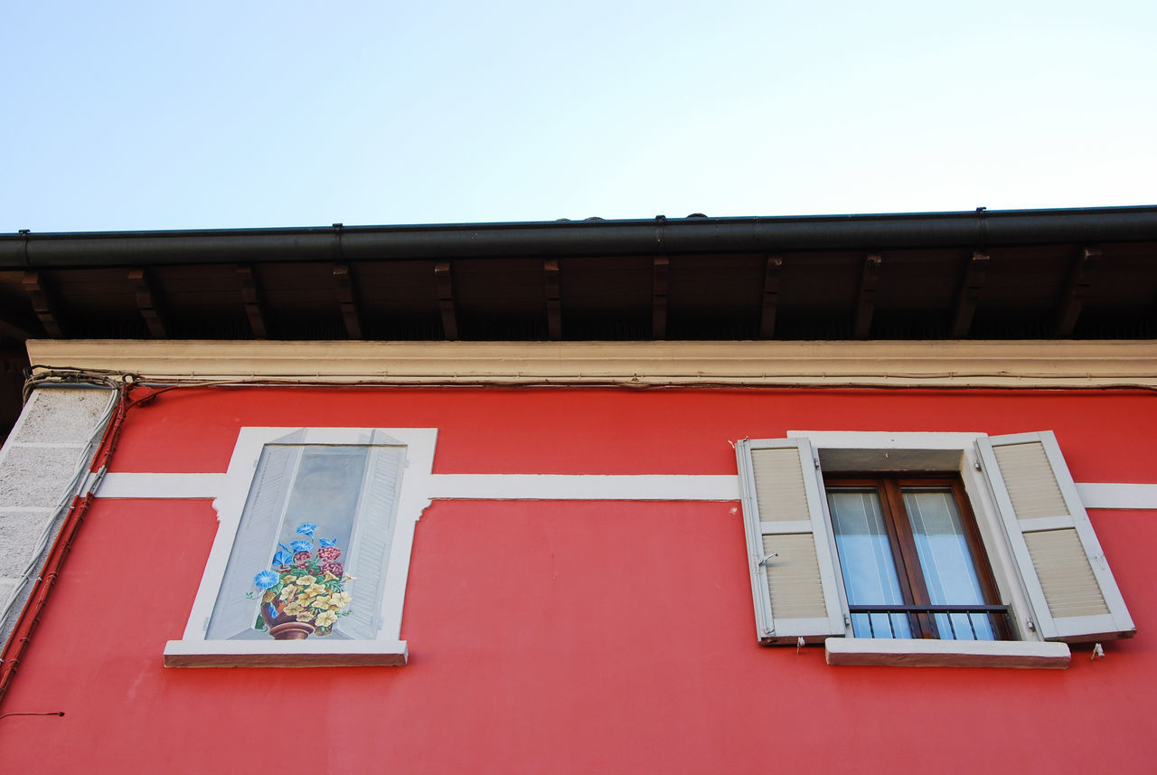A real window and a painted one - Bariano, Bergamo, Italy. Architecture Bariano Bergamo Building Exterior Built Structure Clear Sky Day Façade House Houses Italia Italy Lombardia Lombardy Low Angle View No People Outdoors Painted Window Window EyeEm Diversity