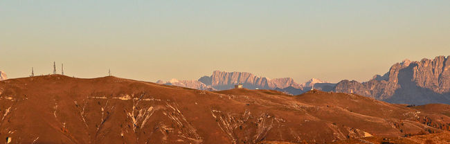 Autumn Colors Dolomiti Hills Prealpivenete Rundifferent