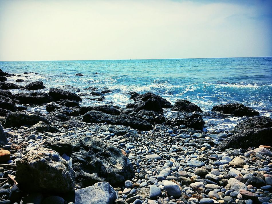 Sea Horizon Over Water Water Nature Beach Beauty In Nature Outdoors Tranquility No People EyeEm Life Photography Experience Trip Surf Time Blue