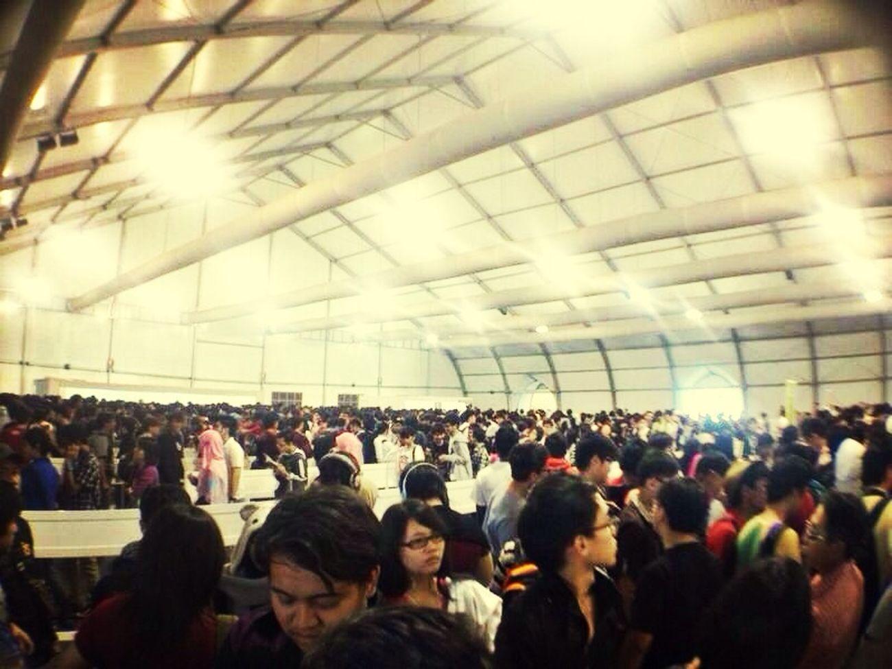 Still at Comic fiesta Login que ... It's Havoc havoc havoc ... Waaaaaaaaaaa Comic ComicFiesta