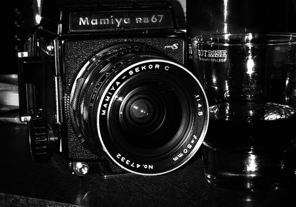 Camera - Photographic Equipment Indoors  No People Close-up Black & White Taking Photos Mamiya RB67 Bnw Photography Film Photography Filmisnotdead Film Camera