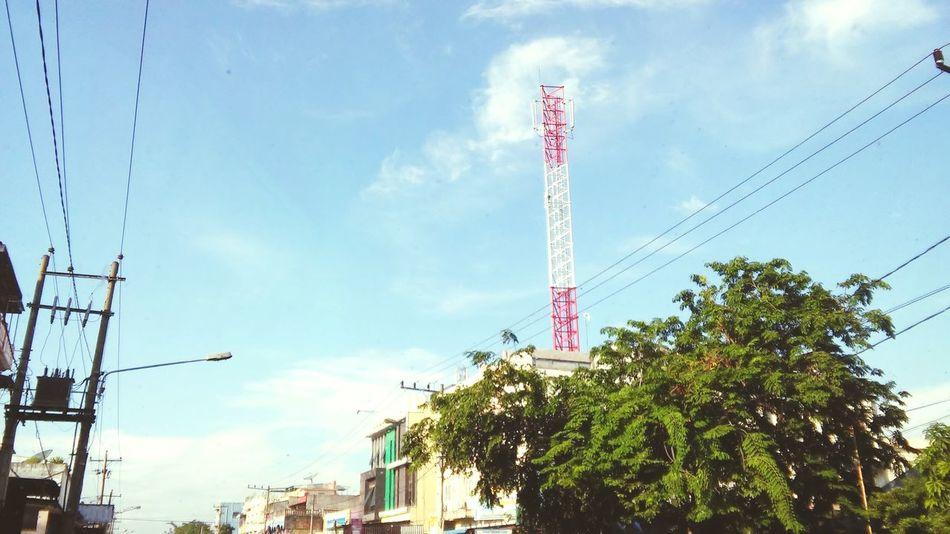 Cabels Everywhere INI Medan Bukan Gaza Bukan India