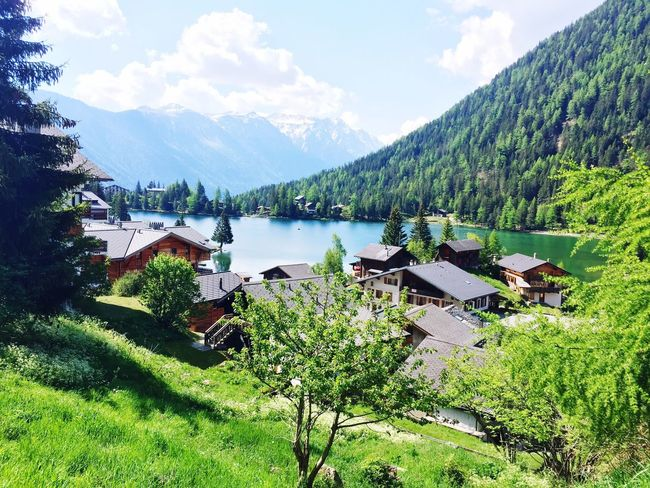 Switzerland Paridise Mountain Tranquility Lake Sky Day No People Beautiful Beauty In Nature Vue Hollidays Monde Lovelife Lifestyles