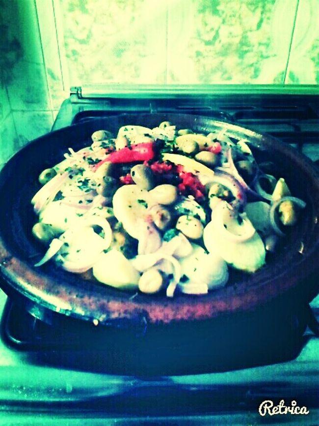 Traditional Food Un Tajine Marocain 100% ♥♥ Tajine Moroccan Food