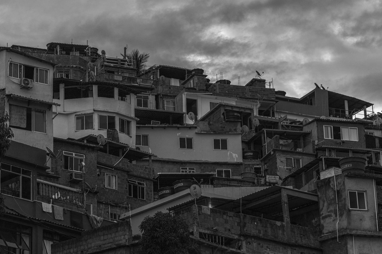 Houses of the Vidigal favela Architecture Black & White Black And White Black And White Collection  Black And White Photography Blackandwhite Blackandwhite Photography City Cityscape Cloud - Sky Favela Favelabrazil Favelas Rio De Janeiro Rio De Janeiro Eyeem Fotos Collection⛵ Rio De Janeiro, Brazil Slum Slums South America Vidigal