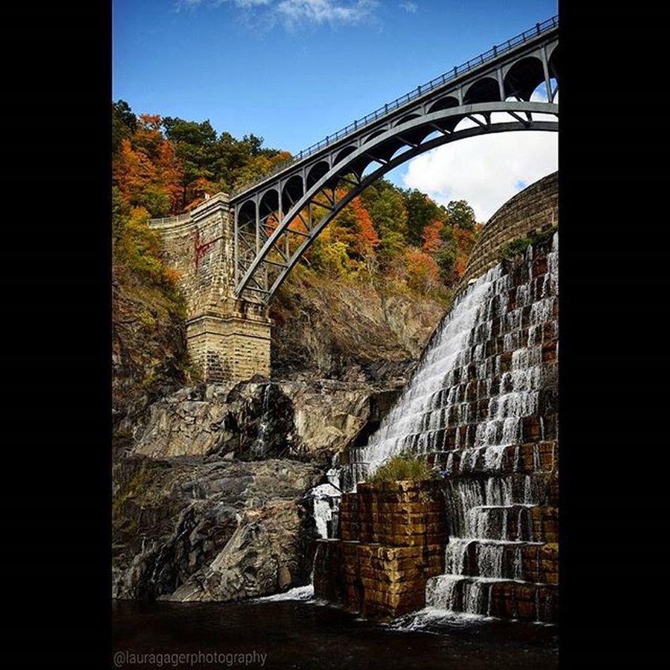AspiringPhotographer Nikontop Nikon Nikonphotography Nikon_photography_ Fallintoolympus Waterfall Autumn Fall Bridge Beautiful Crotononhudson Crotongorgepark NY Simplicity Instagood