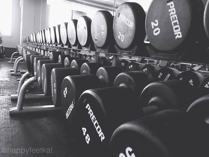 Friday grind.💪🏼😏🇦🇪 My Dubai Gold's Gym UAE Workout Fit Life  Fitness EyeEm Best Shots - Black + White Sore Muscles Weightlifting GymLife Body & Fitness