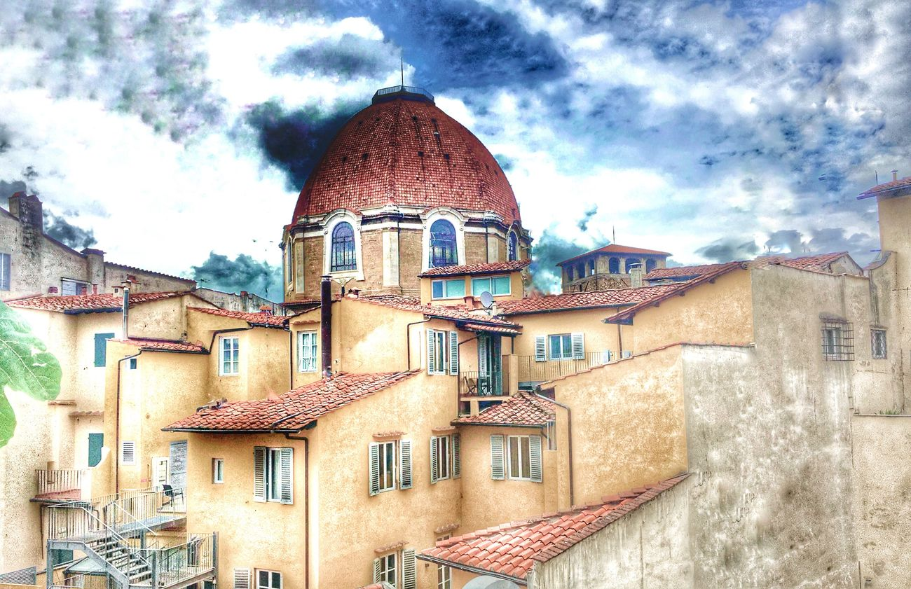 L' architettura è il grande libro dell'umanità. (Victor Hugo) Architecture Architecture_collection Architecturelovers Monument IPhoneography AMPt_community EyeEm Gallery City View  Florence