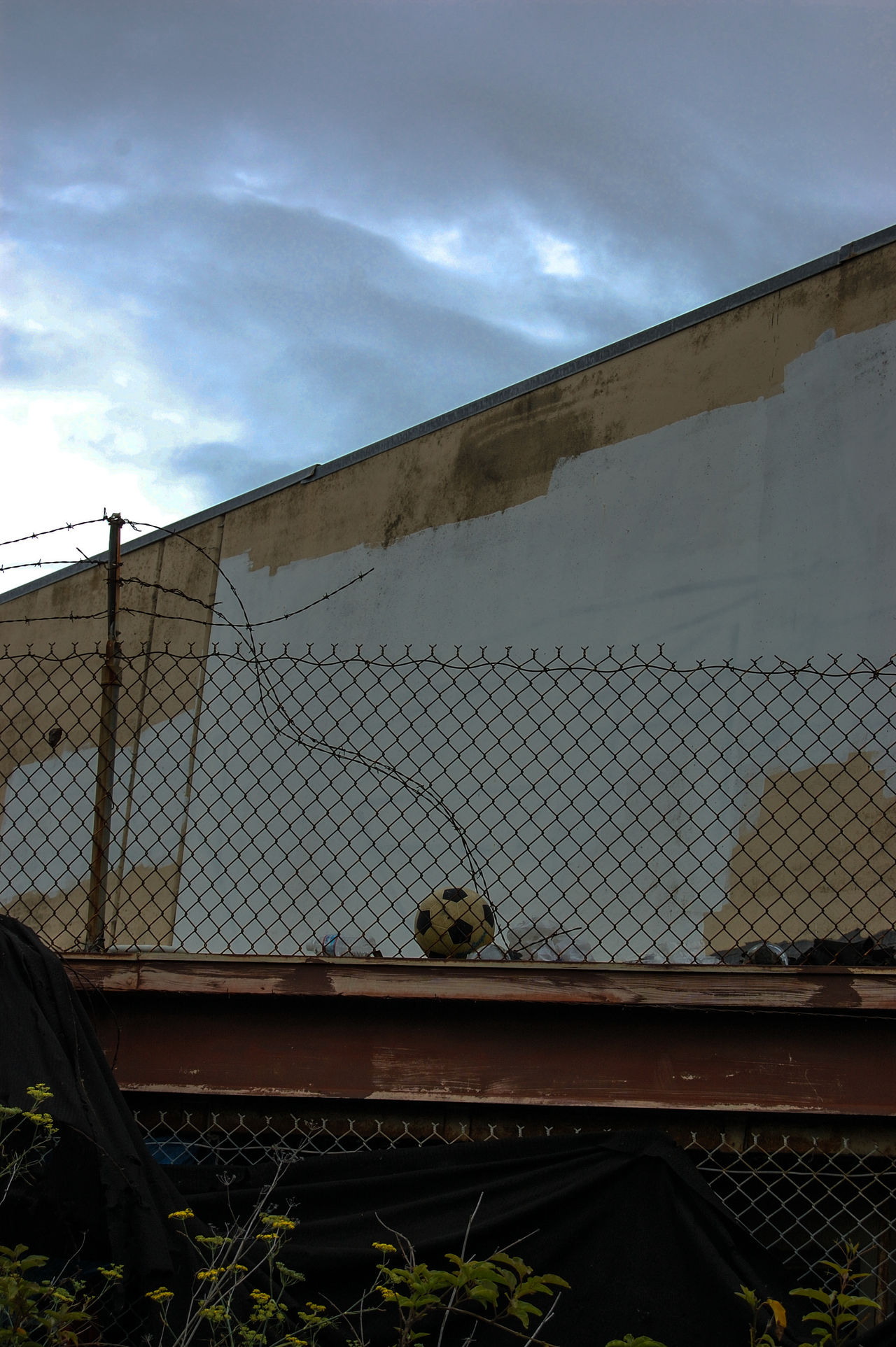 Abandoned Abandoned Places B Barbed Wire Chainlink Fence Cold Temperature Fence Hunters Point Metal Old Ruined San Francisco Soccor