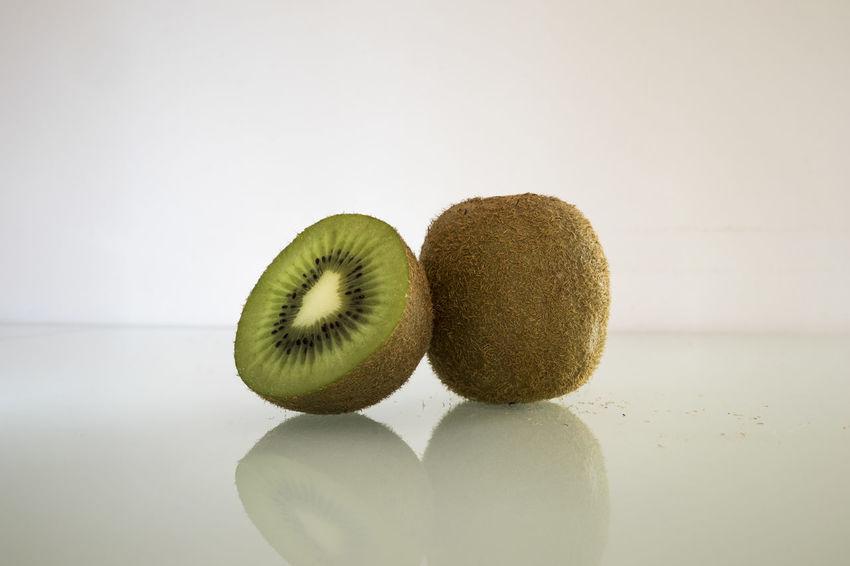 Actinidia Actinidia Chinensis Archival Background Close-up Food Freshness Fruit Green Healthy Eating Kivi Kiwi Studio Shot White Background