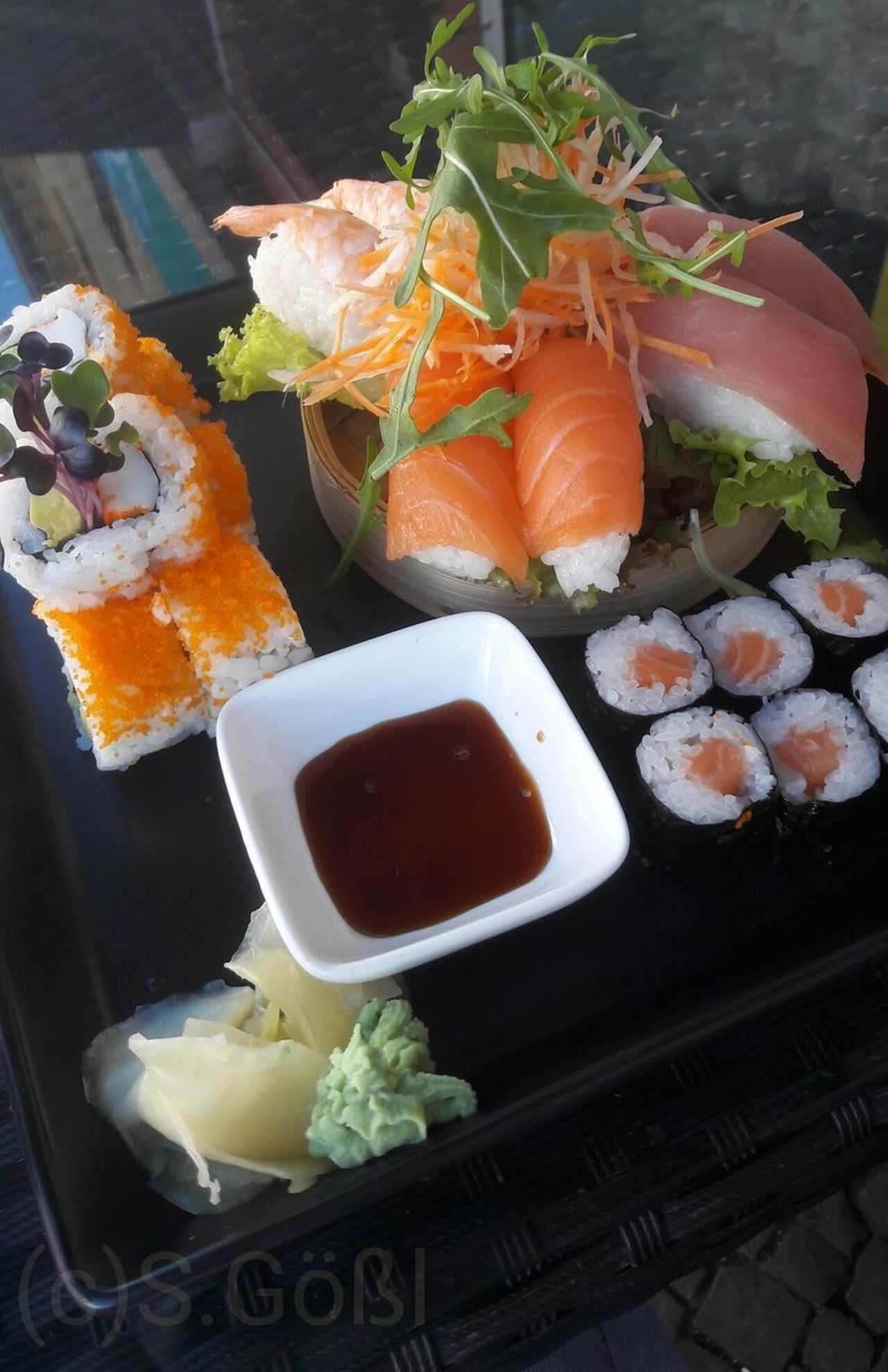 Sushi Seafood Food No People Healthy Eating Ready-to-eat Freshness Close-up Foodstagram Photooftheday Eyes4photography Food Styling Delicious Mr. Ky Hungry Yummy Look At This With Love And Passion Cooking Have A Nice Day Taking Photos Food And Drink Eberswalde Freshness
