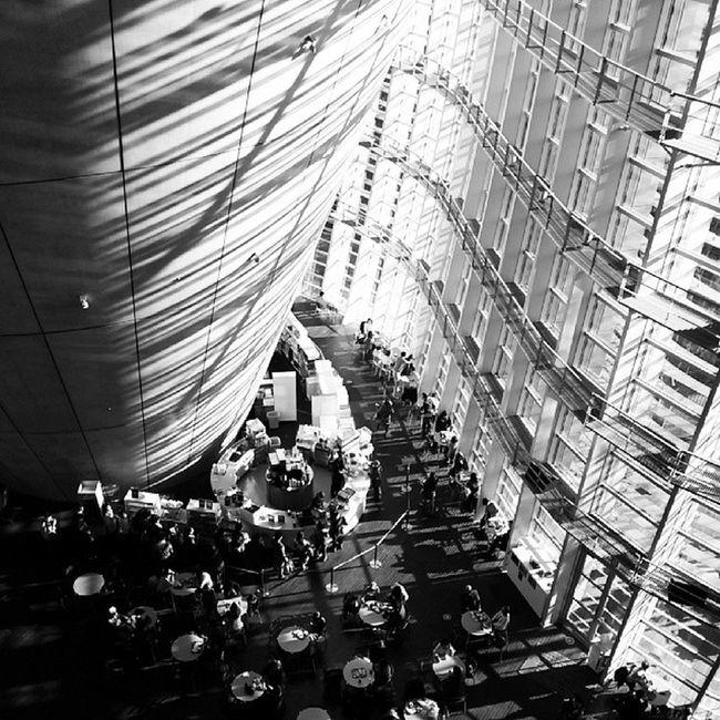 国立新美術館 美術館 建築 黒川紀章 東京 六本木 museum architecture kishokurokawa THENATIONALARTCENTERTOKYO tokyo roppongi