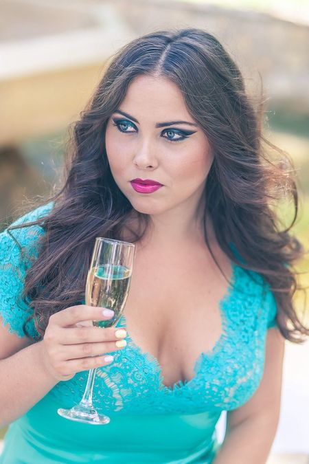 Faces Of Summer People Watching Photo Photography Saratov Russia Russian Girl Drinking