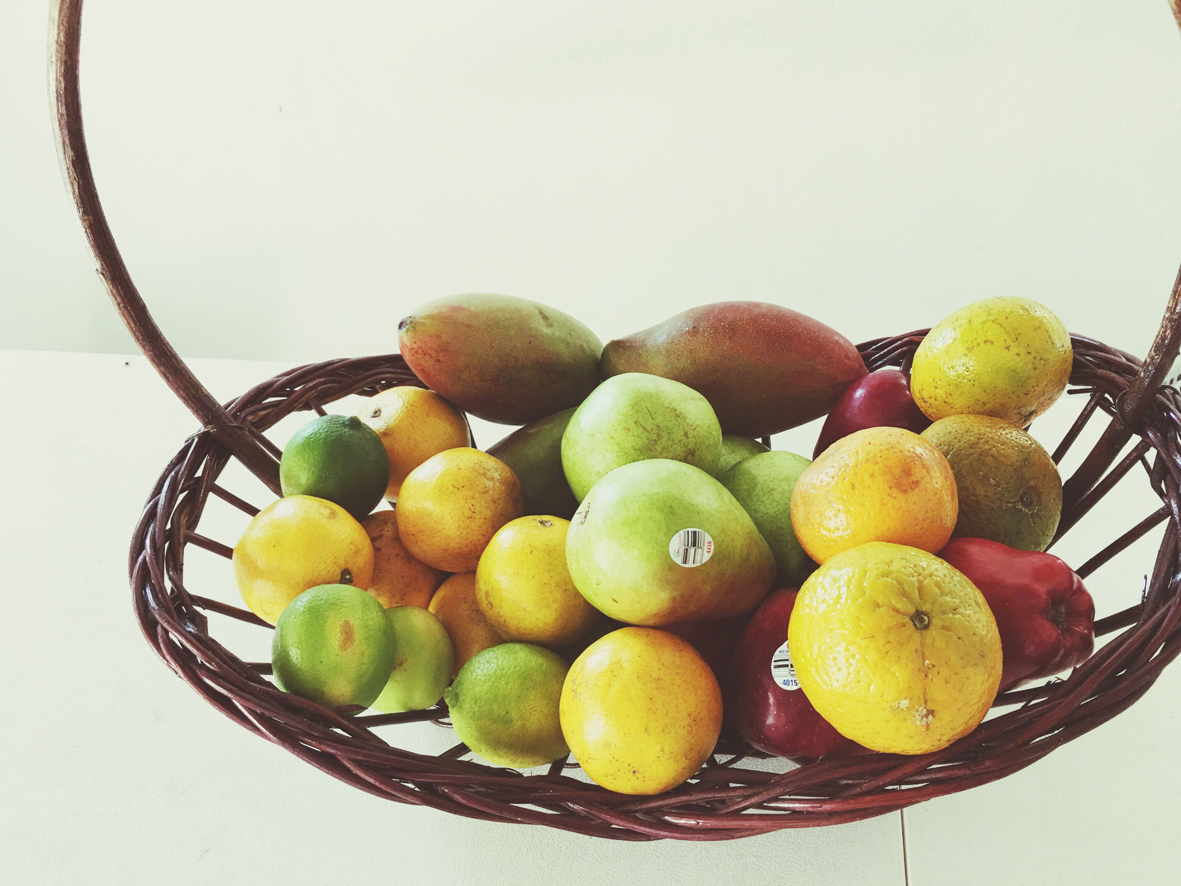 fruit, freshness, citrus fruit, no people, food, yellow, healthy eating, white background, close-up, table, indoors, day
