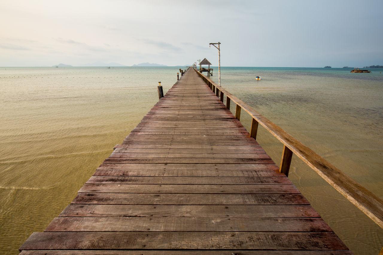 Koh Mark, Trad, Thailand Sea The Way Forward Water Wood - Material EyeEm EyeEm Gallery EyeEm Best Shots Highquality Seascape Sea View HighQualityShots