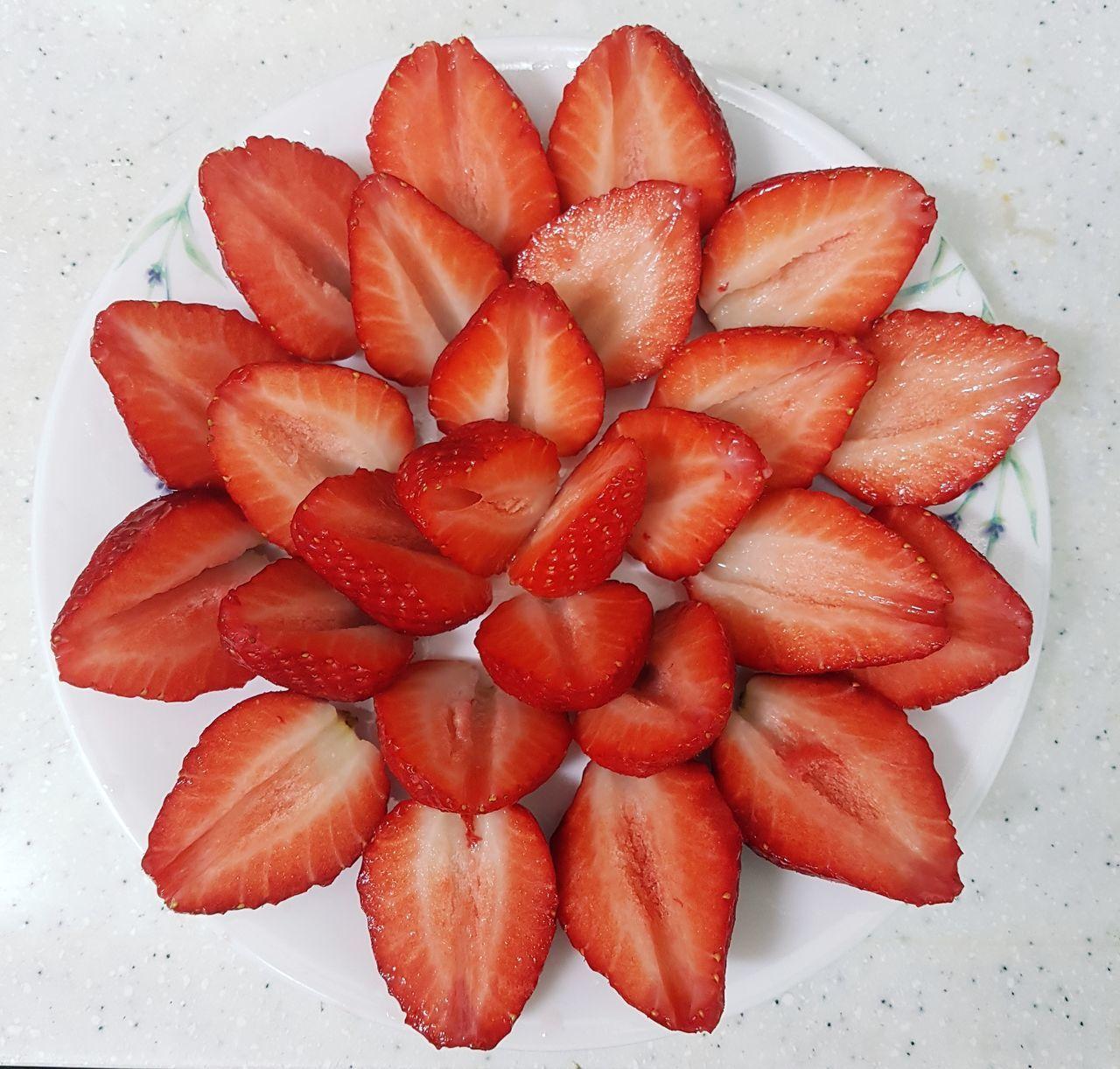 딸기꽃♡ 딸기 Food Sweet Food 스트로베리 베리베리_스트로베리 Strawberry 맛있어♥ 새콤달콤 달달한 과일 꽃 Flower 냠냠 먹방