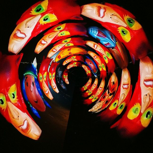 Marvel Comics OldSkool Mask TurnUp Redyellow The Tube  Carnaval Tetedeponey