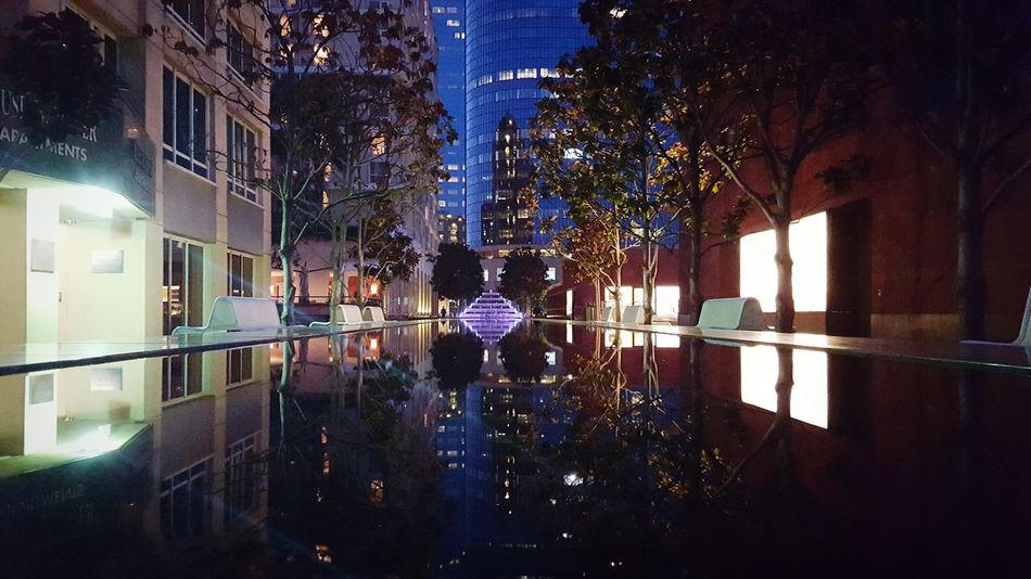 EyeEm Best Shots Deep Thoughts ExploreLA Showcase: January Streetphotography Reflections