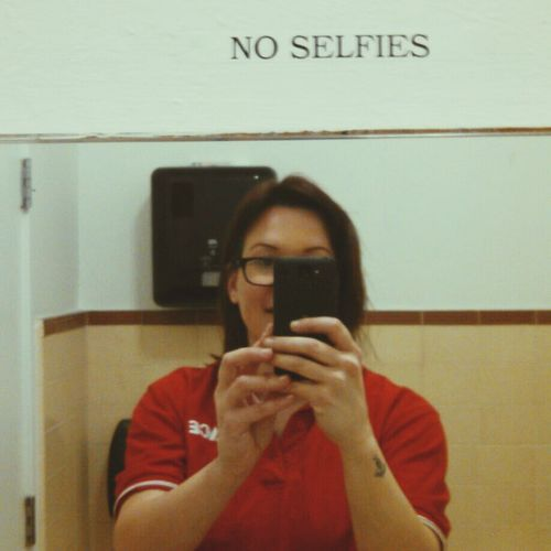 LOL! Check This Out That's Me Selfie ✌